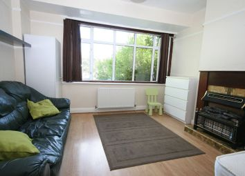 3 bed semi-detached house to rent in Whitton Avenue West, Greenford UB6