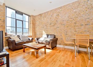 Thumbnail 2 bed flat to rent in Thrawl Street, London