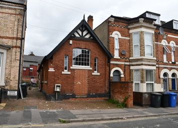 3 bed flat to rent in Charnwood Street, Derby DE1