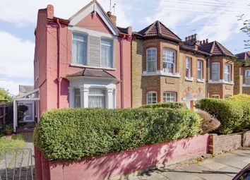 4 bed property for sale in Hamilton Road, London SW19