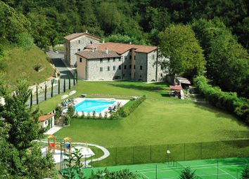 Thumbnail 10 bed farmhouse for sale in Borgo Del Vegnuti, Fivizzano, Massa And Carrara, Tuscany, Italy
