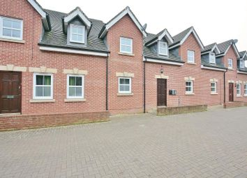 Thumbnail 3 bedroom flat to rent in The Old Maltings, Lenborough Road, Buckingham