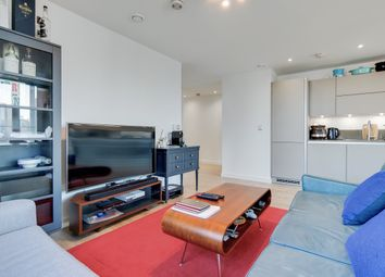 2 bed flat to rent in Stratosphere Tower, Stratford E15