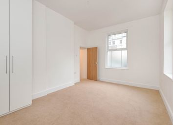 Thumbnail 2 bedroom flat to rent in City House, City Road, Winchester