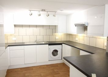 Thumbnail 2 bedroom flat to rent in Vale Road, Bushey
