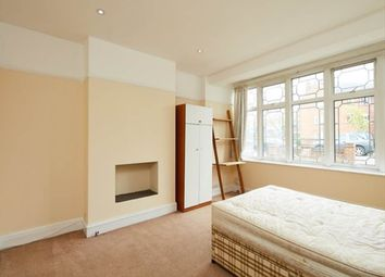 Thumbnail Room to rent in Seafield Road, London