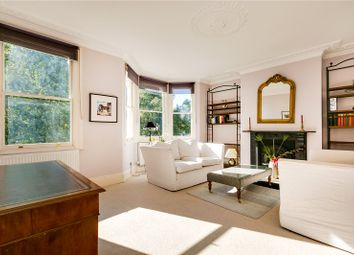 Thumbnail 3 bed maisonette to rent in Crondace Road, London