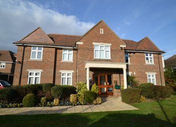 Thumbnail 2 bed flat for sale in Gills Hill, Radlett