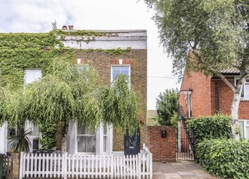 Thumbnail 3 bed flat to rent in Edithna Street, London