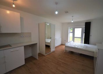 Thumbnail Room to rent in Salisbury Avenue, Barking