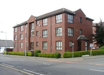 Thumbnail 3 bedroom flat to rent in Rutherford Court, Kirkcaldy