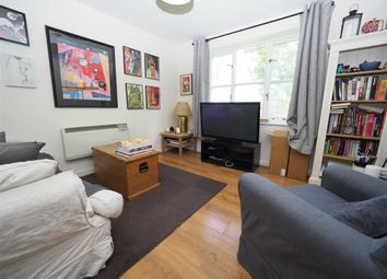 1 bed maisonette to rent in Philimore Close, Plumstead, London SE18