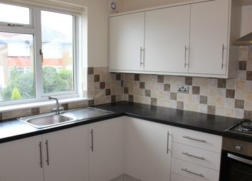 Thumbnail 2 bedroom flat to rent in Greenholm Avenue, Clarkston, Glasgow