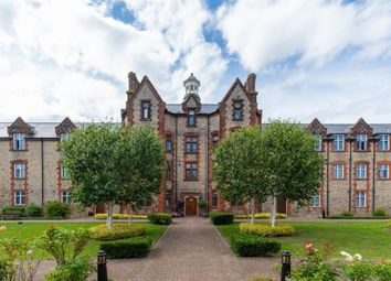 Gilbert Scott Court, Whielden Street, Old Amersham HP7. 2 bed flat
