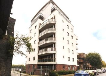 Thumbnail 2 bed flat to rent in Shadwell, London