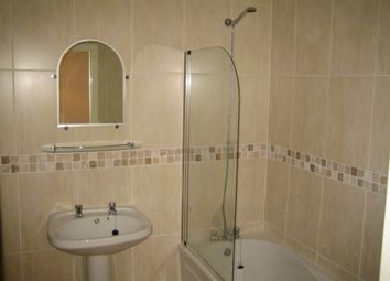 Thumbnail 1 bed flat to rent in Dyson Street, Bradford Leeds