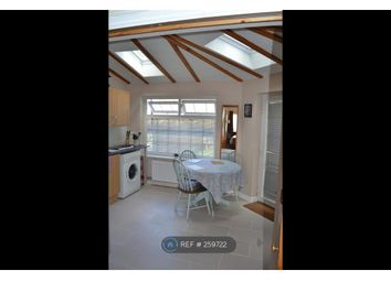 Thumbnail 1 bed flat to rent in Sutton Courtenay, Abingdon