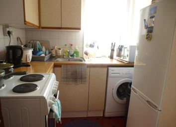 Thumbnail 1 bedroom flat to rent in The Triangle, Cobden Avenue, Southampton