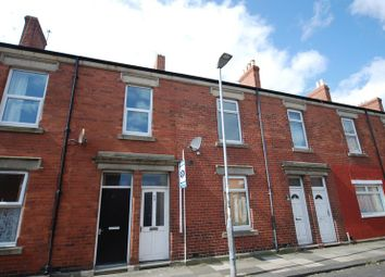 2 bed flat for sale in Croft Road, Blyth NE24