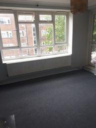 Thumbnail Room to rent in Maple Avenue, Acton, London