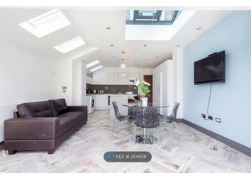 Thumbnail Room to rent in Effingham Road, London