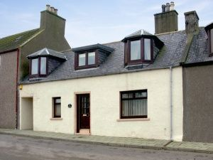 Thumbnail 3 bedroom terraced house for sale in 25 Fife Street, Banff