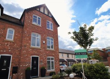 Thumbnail 4 bed property for sale in Severn Way, Holmes Chapel, Crewe