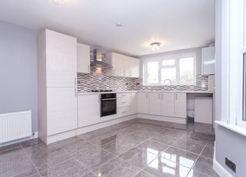 Thumbnail 2 bed flat to rent in Hilsea Street, Hackney