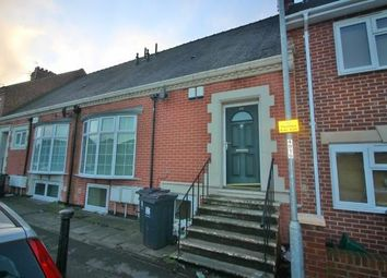 2 bed flat to rent in Clifton Road, Darlington, County Durham DL1