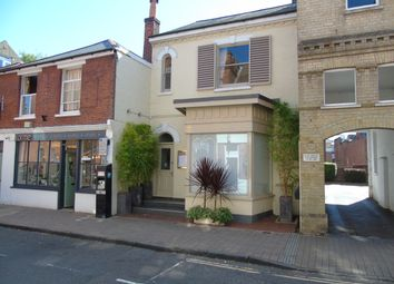 Thumbnail 1 bed flat to rent in Parchment Street, Winchester