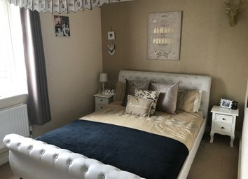 Thumbnail 2 bed flat for sale in Bedford Drive, Fareham