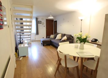 2 bed terraced house to rent in Woodlea, Leybourne ME19