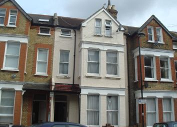 Thumbnail 2 bed flat to rent in Kenwyn Road, Clapham Common