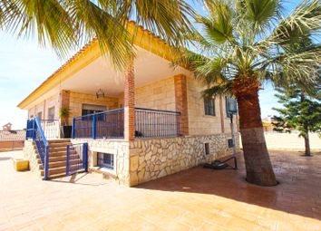 Thumbnail 4 bed chalet for sale in Los Girasoles, San Vicente Del Raspeig, Spain