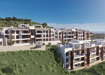 Thumbnail Apartment for sale in Avda Tomas Pascual, 213, 29679 Benahavís, Málaga, Spain