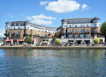 Thumbnail 1 bed flat for sale in Clarence Street, Staines-Upon-Thames