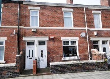 Thumbnail 2 bed flat to rent in Wansbeck Road, Jarrow