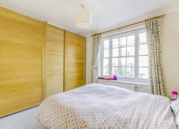 Thumbnail 2 bed flat for sale in Richmond Grove, Islington