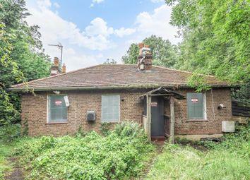 Fishponds Cottage, Browns Road, Surbiton KT5. 2 bed detached bungalow