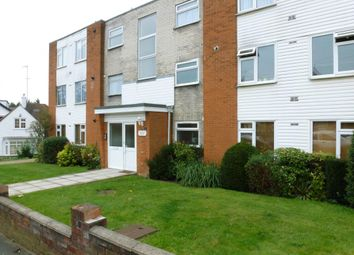 Thumbnail 2 bed flat to rent in Bushey Grove Road, Bushey