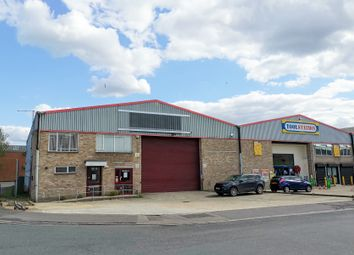 12 Nelson Way, Tuscam Trade Park, Camberley GU15. Industrial to let
