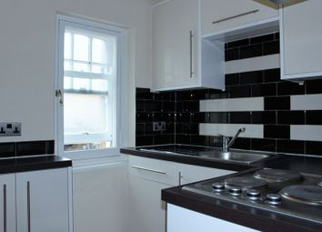 Thumbnail 2 bedroom terraced house to rent in Westgate, Huddersfield