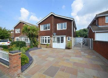 Thumbnail 4 bedroom detached house for sale in Acacia Drive, Southend-On-Sea