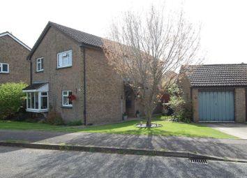 Thumbnail 4 bed detached house for sale in Meadow Way, Yarnton, Kidlington
