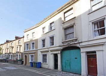 Thumbnail 4 bed property to rent in Elliotts Row, London