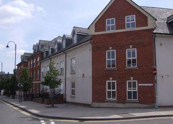 2 bed flat to rent in Conigre Square, Trowbridge, Wiltshire BA14