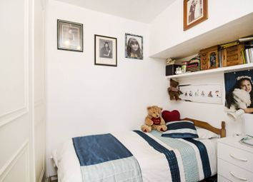 Thumbnail 2 bedroom flat for sale in Alexandra Place, South Hampstead