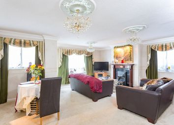 Thumbnail 2 bedroom flat to rent in The Heights, Loughton