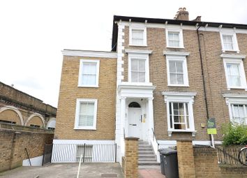 Thumbnail 1 bed flat to rent in Ravenscourt Road, Ravenscourt Park, London.