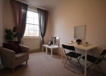 Thumbnail 1 bed flat to rent in Argyle Square, Kings Cross, London
